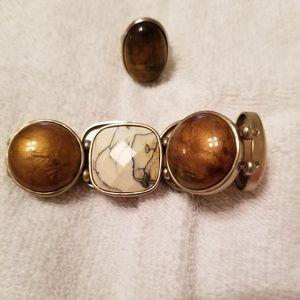EUC Matching Ring and Bracelet Set